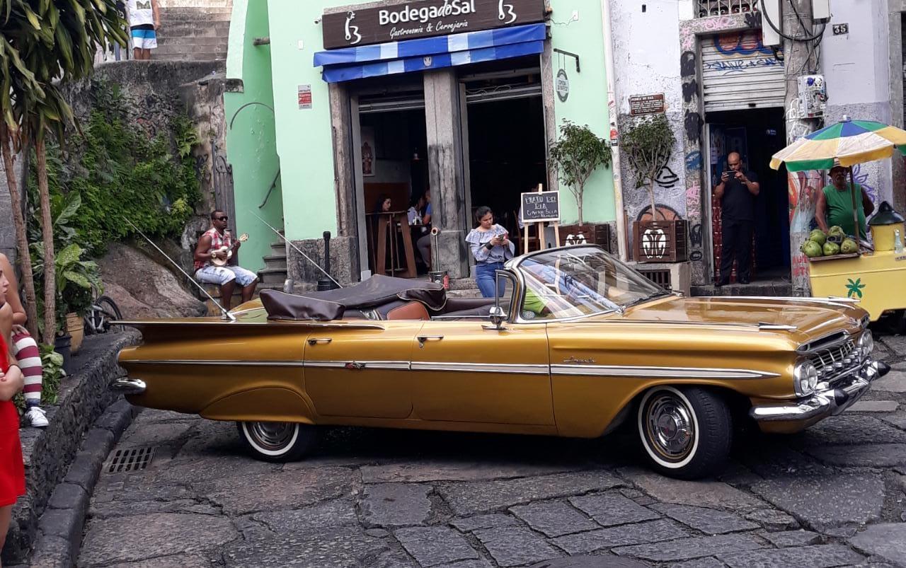 Impala-Rabo-de-Peixe-Ano-1959-cariocars-carros-para-eventos-casamento-carro-da-noiva-4
