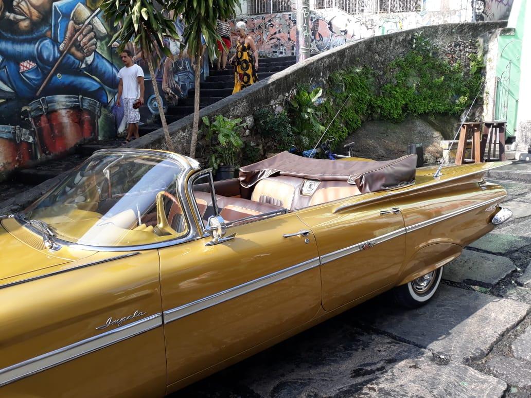 Impala-Rabo-de-Peixe-Ano-1959-cariocars-carros-para-eventos-casamento-carro-da-noiva